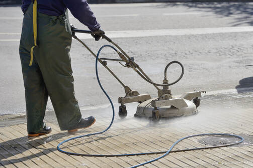 commercial pressure washer cleaning cross walk